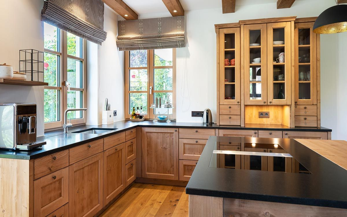Beer Kuche Munchen Kuchenstudio Manufaktur Massivholzkuche Massivholzkuchen Haus Kuchen Landhauskuche