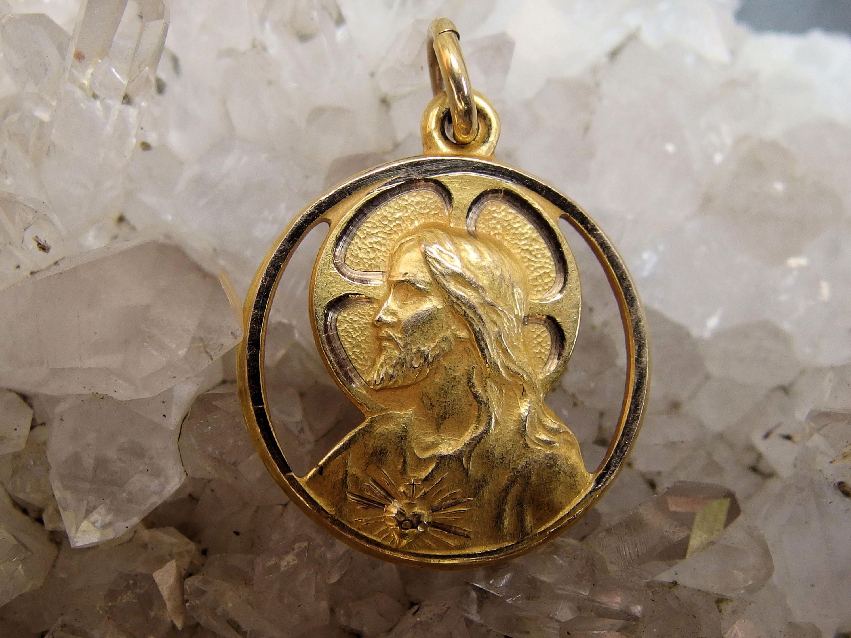 Vintage 10k Gold Sacred Heart Jesus Our Lady Of Mt Carmel Medal Decorative Cutouts Signed Hmh Maker S Mark Catholic Sacred Heart Catholic Jewelry 10k Gold