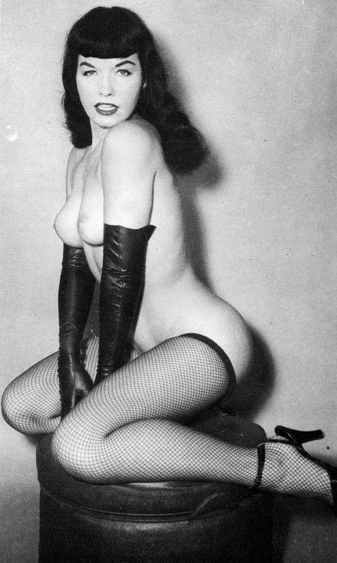 Vintage Pinup Layouts 65