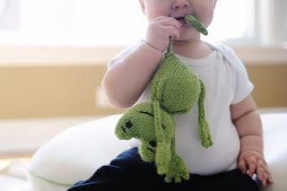 frog knit | Diy knitting, Knitted dolls, Baby knitting