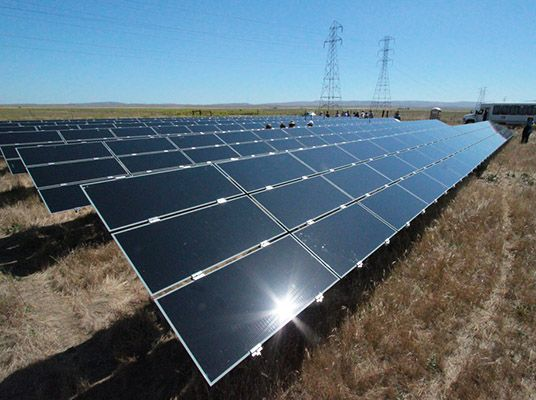 The Largest Solar Plant In The Us Is Officially Up And Running Solar Panel Cost Diy Solar Panel Solar House Plans