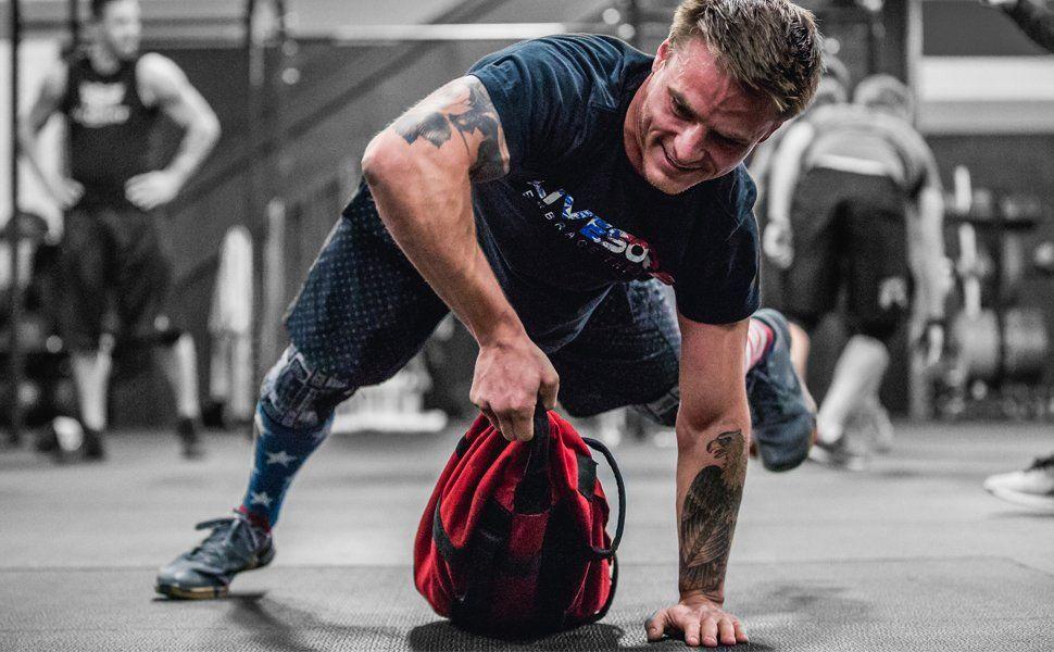 Amazon Com Brute Force Sandbags Athlete Sandbag Pink Woman Pink Sandbag Weight Sandbag Exercise Training Bag Develo Exercise Adjustable Weights Workout