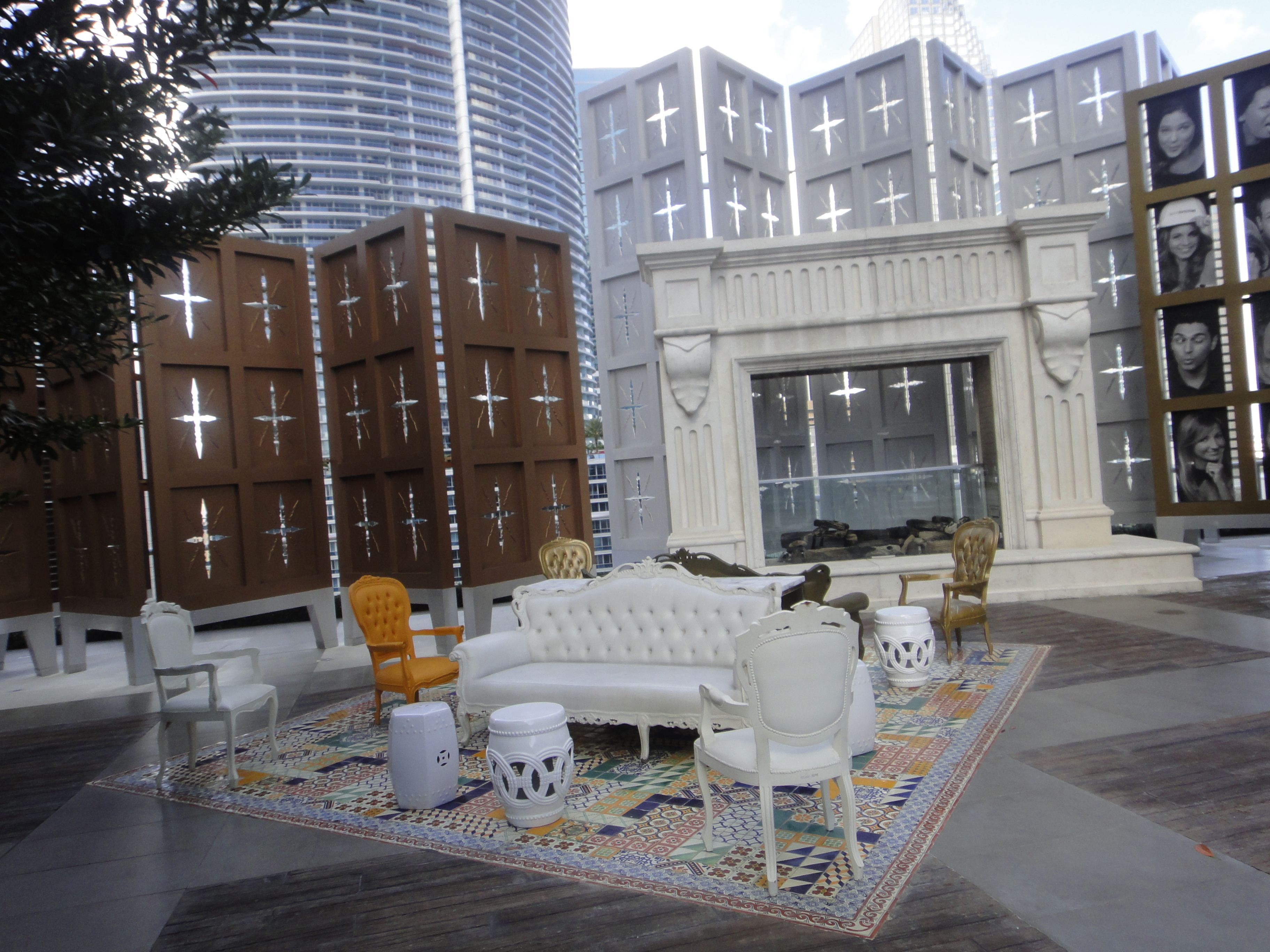 House Viceroy Miamiu0027s Patio has unexpected