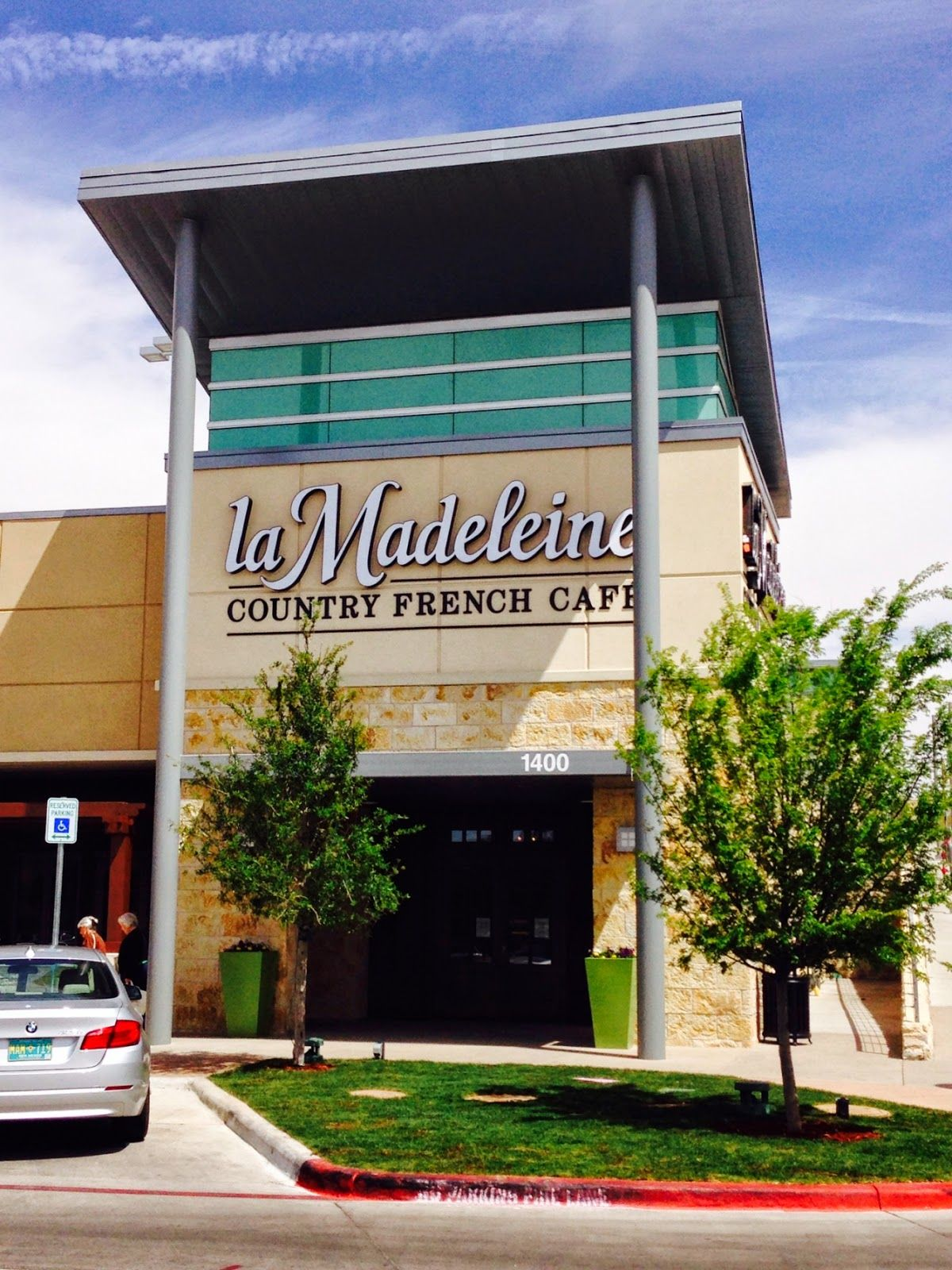Garage Doors El Paso Texas La Madeleine I Couldn T Wait For It To Open Fountains At Farah