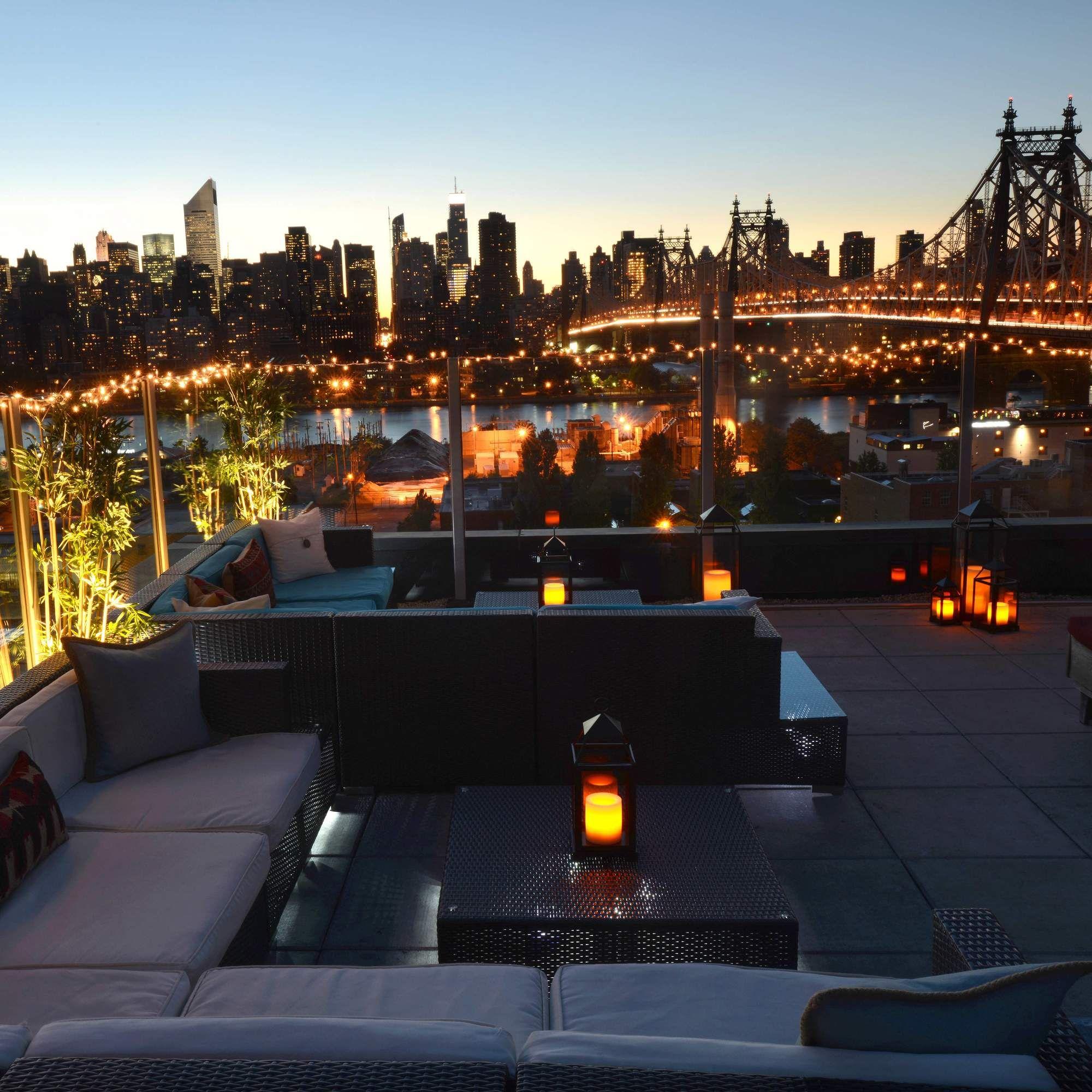 New York Rooftop & Top Floor Restaurant Dining Or Bar