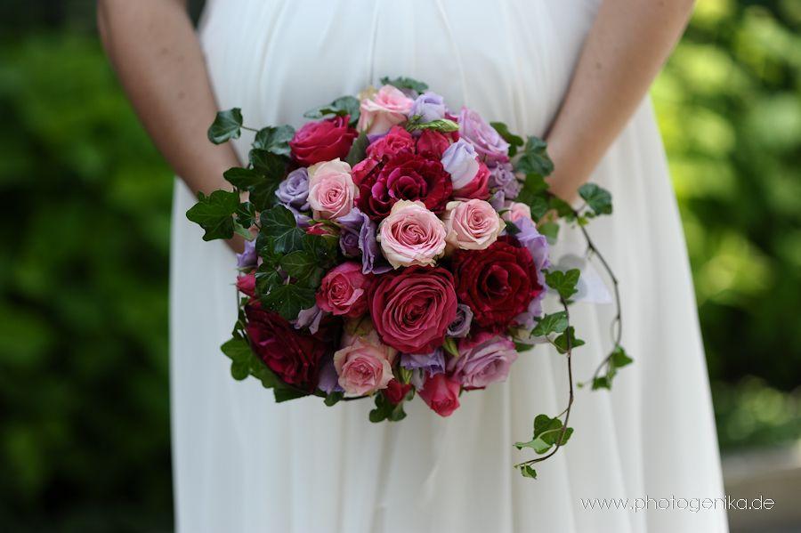 Brautstrauss mit Rosen in altrosa rose und flieder mit