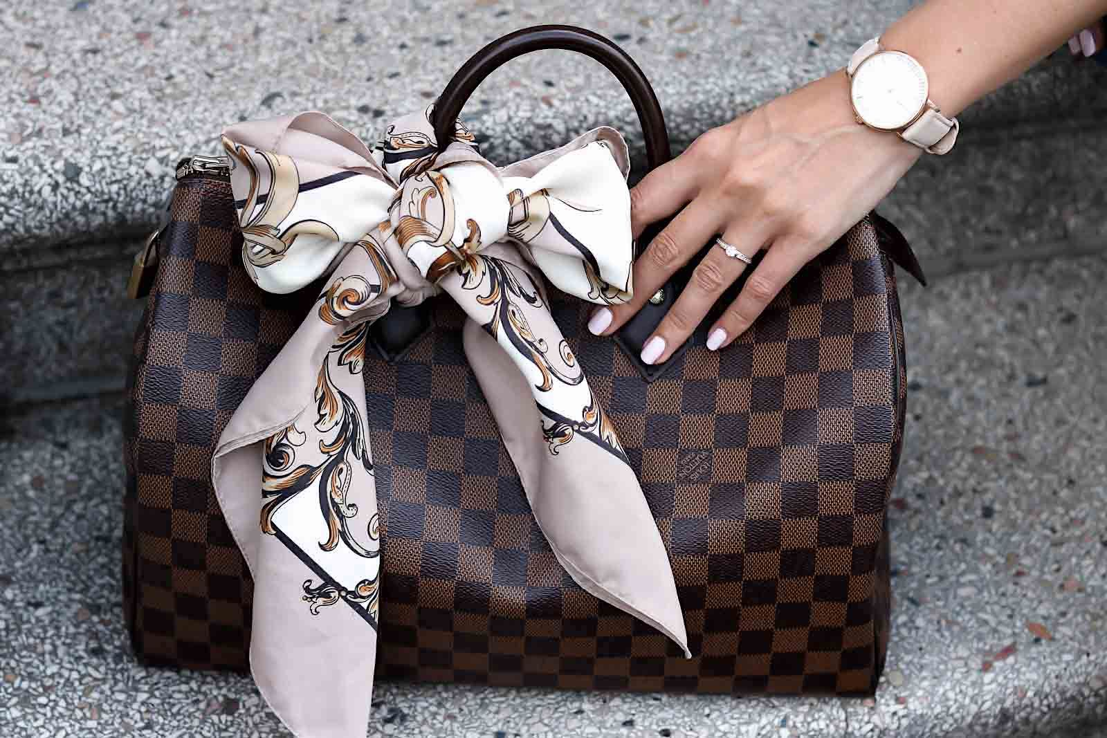391cfebd17d6 Louis Vuitton Speedy 35 in damier ebene, Scarf, Carré, Tuch, Schleife