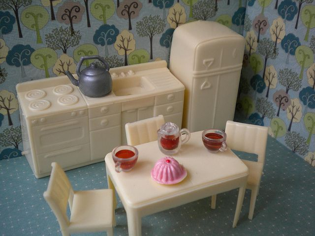 Original Kitchen Vintage 60s Marx Plastic Dollhouse Kitchen Set