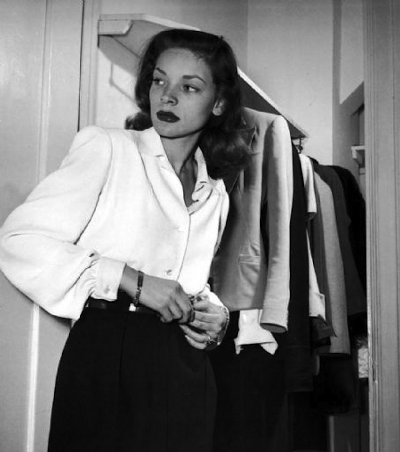 Lauren Bacall rocks the high waisted pants and white shirt ...