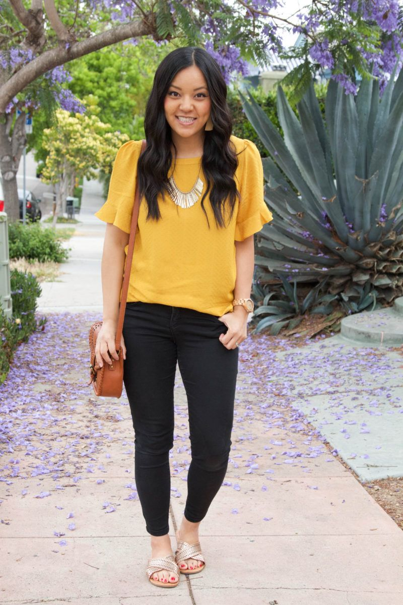 What Colour Goes With Yellow Top