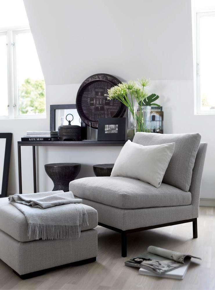 Une pièce à vivre en ton de gris   design d\'intérieur, décoration ...