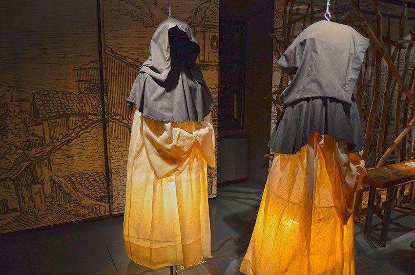 Pin en Las Brujas de Zugarramurdi: 8 Goyas y un pueblo que todos quieren conocer.