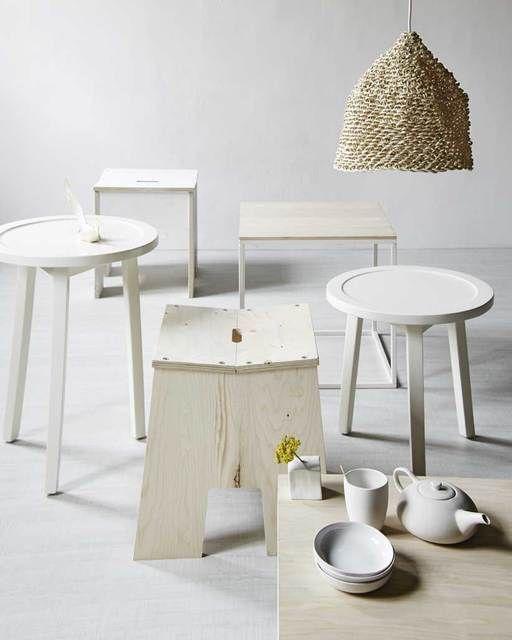 White stools | Photographer: Alexander van Berge | Stylist: Judith Dekker | vtwonen september