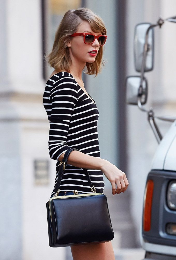 Taylor Swift Dolce Gabbana Agata Bag 14