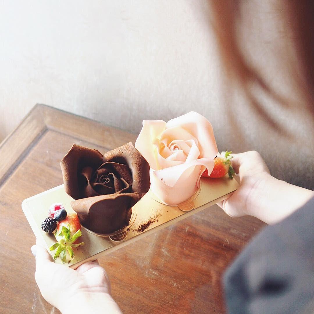 Rose cake </p>                   </div>                                         <div class=