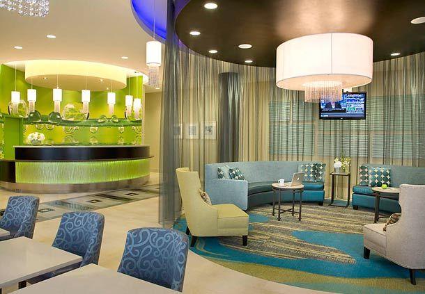 Lobby Springhill Suites Toronto Vaughan
