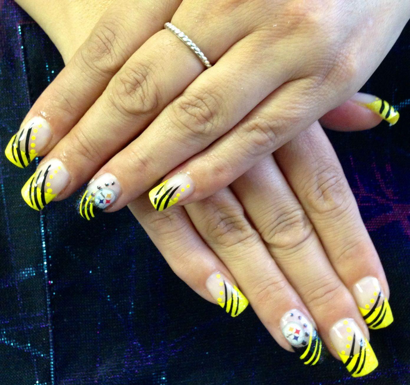 Steelers nails by Alicia Palacios | nails sports ...