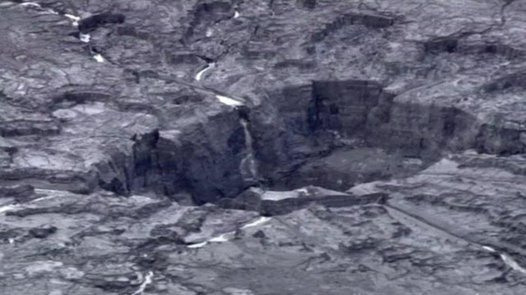 Florida sinkhole causes massive leak with images