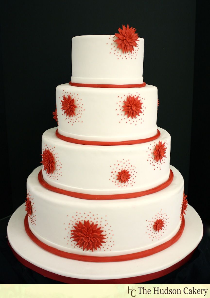 Red and White Wedding Cakes | Red and white round wedding cake with ...