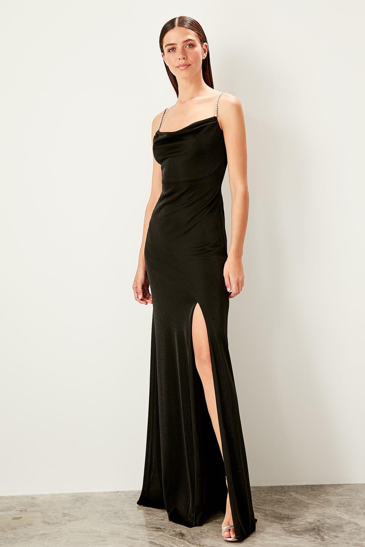 Online Alisveris Sitesi Turkiye Nin Trend Yolu Trendyol Aksamustu Giysileri The Dress Elbise