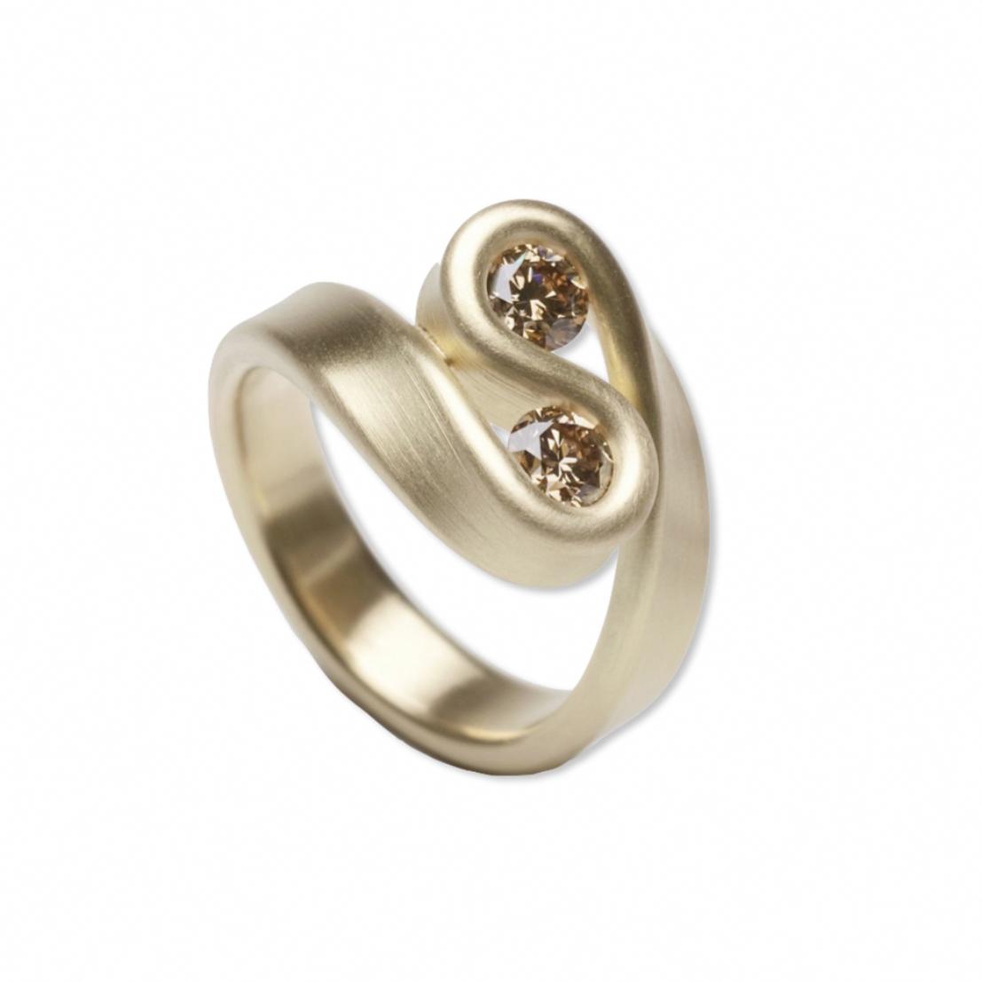 Leen heyne gold u diamond duett ring orro contemporary jewellery