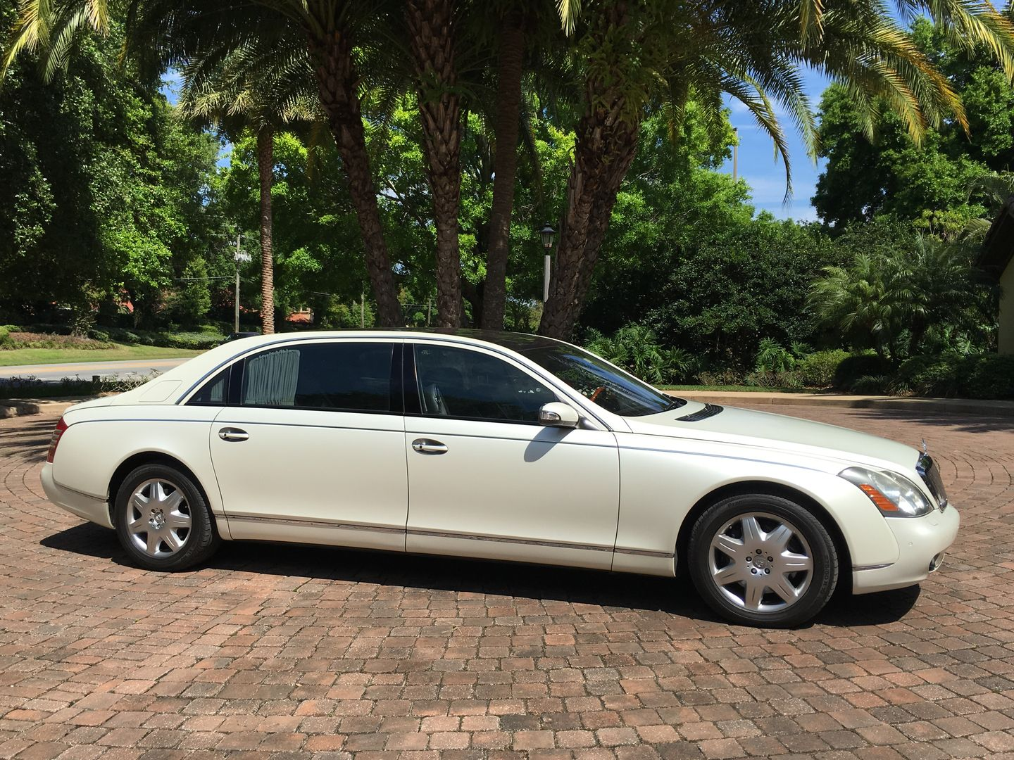 Rent Our Maybach 62 For Your Wedding In Orlando Call Orlando Wedding Cars Maybach Wedding Car Orlando Wedding