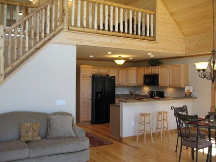 I love the open floor plan of this cabin with the loft for Open floor plan homes with loft