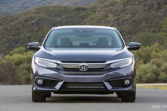 Xe Honda Civic 2016 chốt giá 18.640 USD