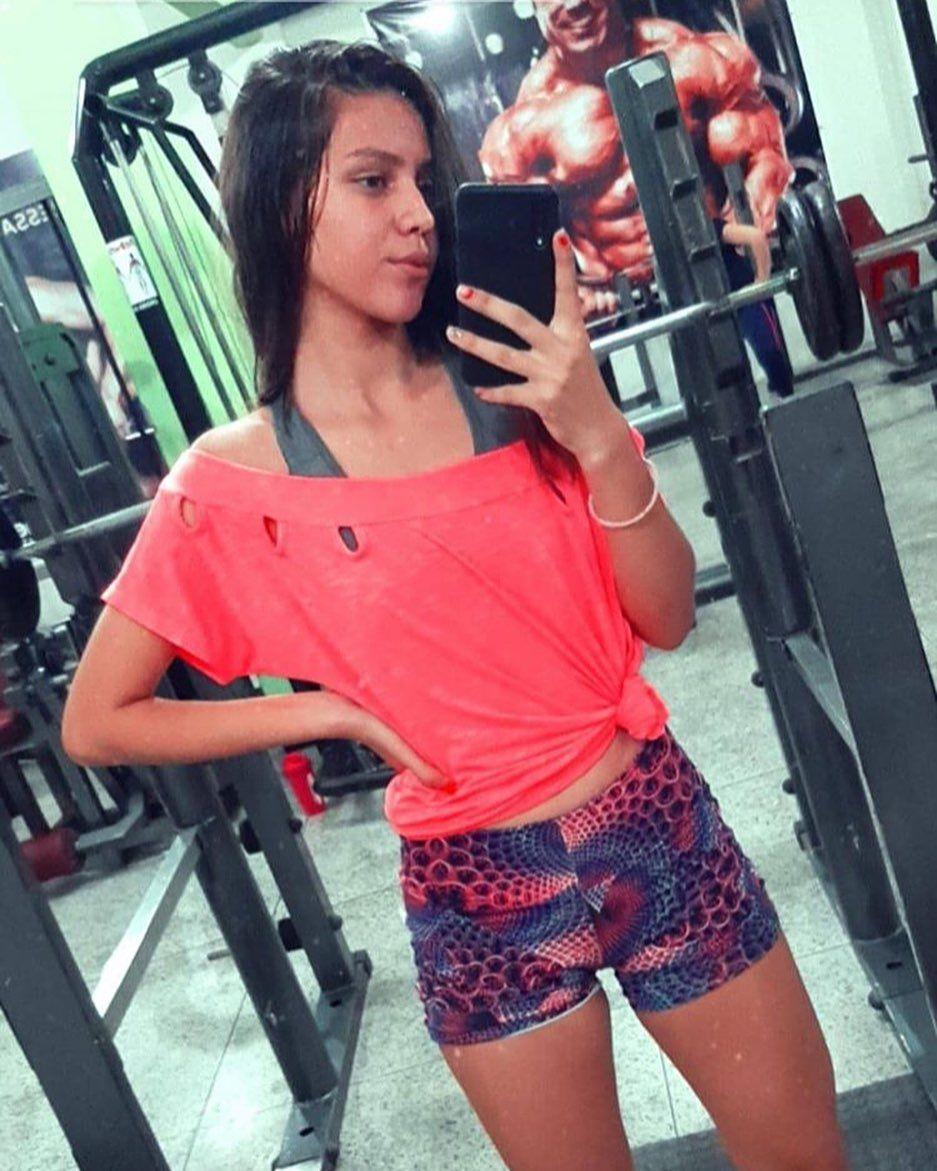 💪💪🏋️♂️🏋️♂️👊👊 .  #naosejacomum #fitness #ifbb #saude #pretreino #crossfit #beauty #musas #bumbumnan...