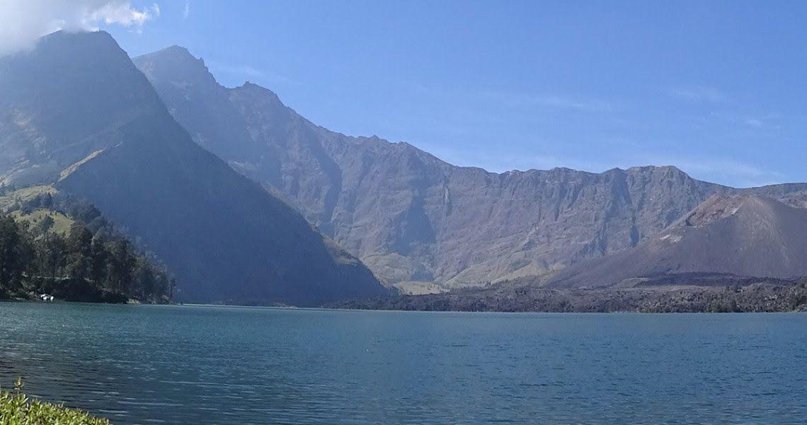 Keren 30 Pemandangan Gunung Yang Bagus Spot Spot Camping Terbaik Dengan Pemandangan Gunung Rinjani Download 10 Gunu Di 2020 Pemandangan Taman Nasional Pegunungan