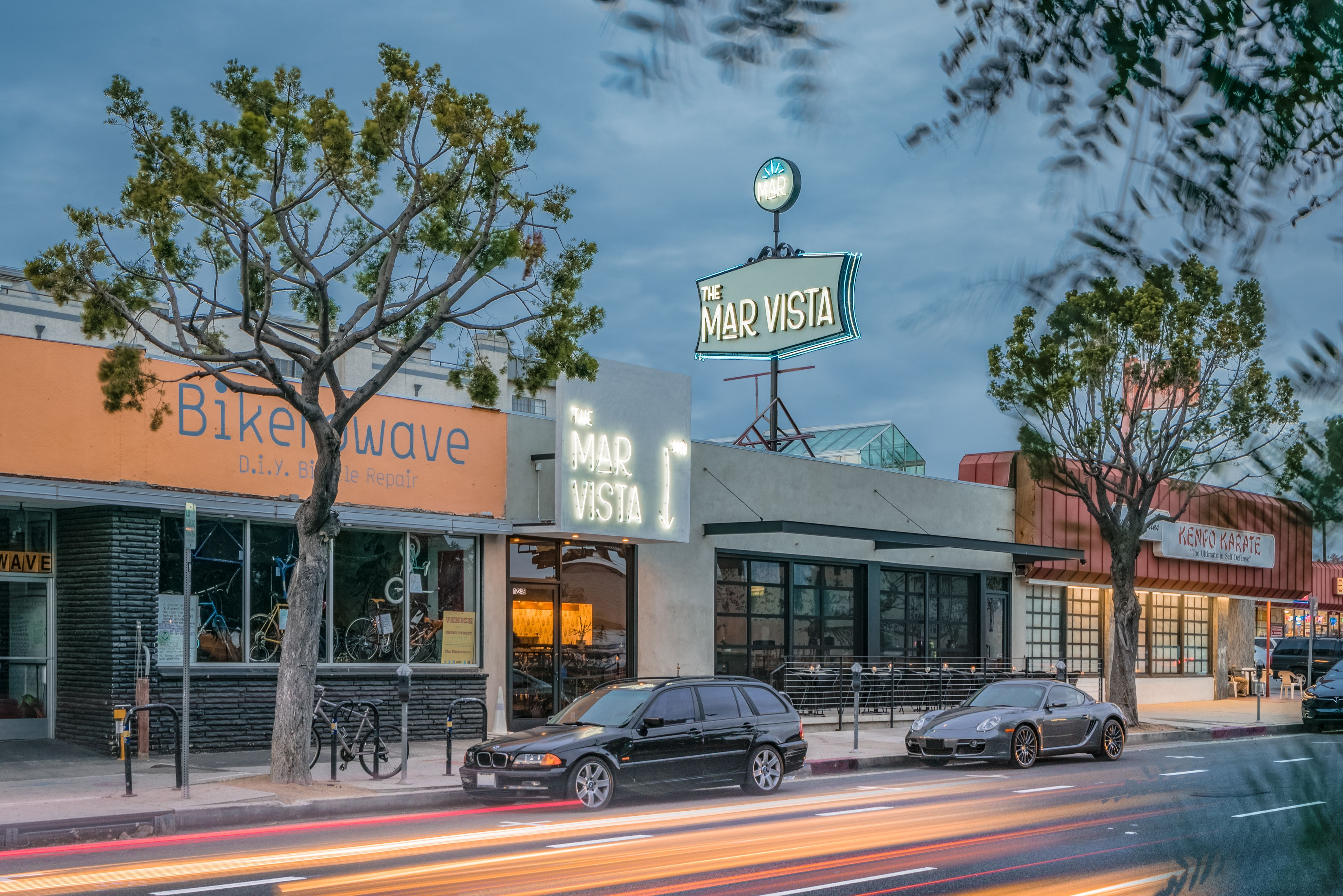 This Mar Vista Restaurant Reflects Old And New L A Places