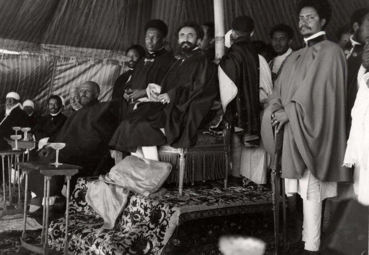 Online beeldbank van Archieven, Musea en Bibliotheken   African royalty, Haile selassie, History