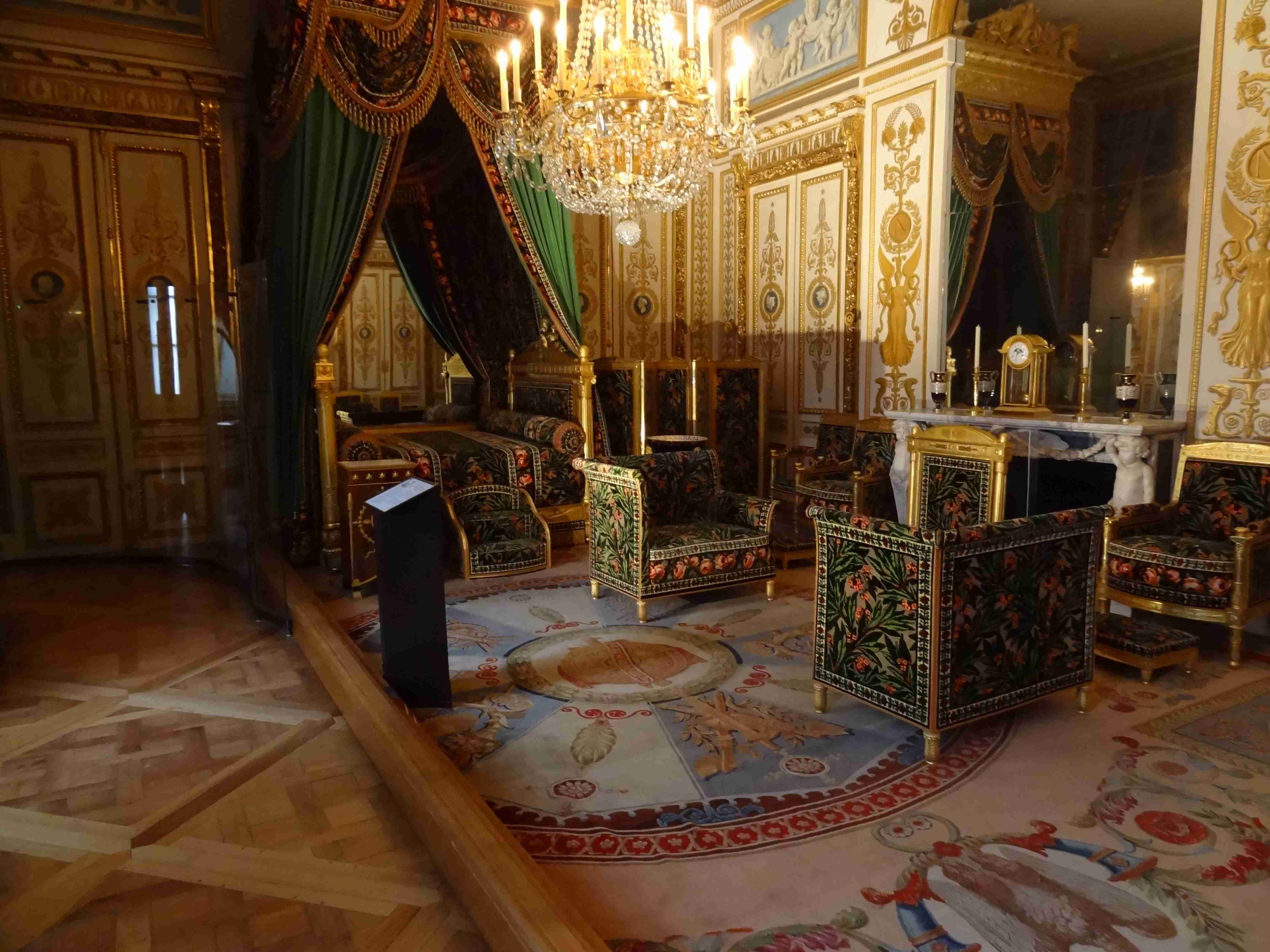chambre de napol on dans le ch teau de fontainebleau en france xviiie si cle grandi. Black Bedroom Furniture Sets. Home Design Ideas