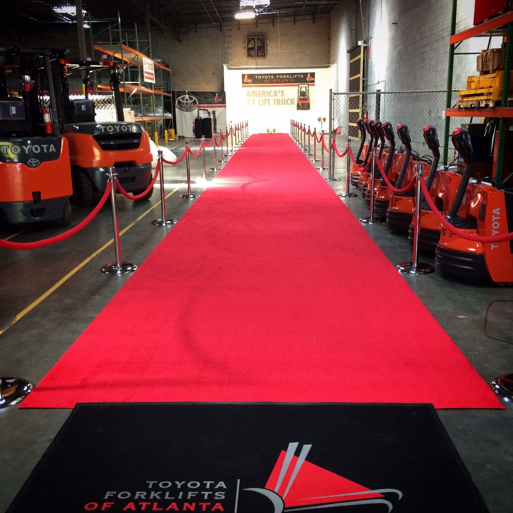 125ft Premium Red Carpet Vip Executive Atlevents