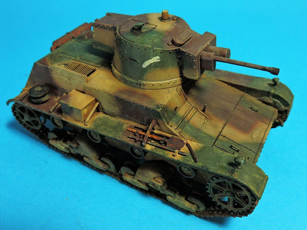 TRACK-LINK / Gallery / 7TP Light Tank