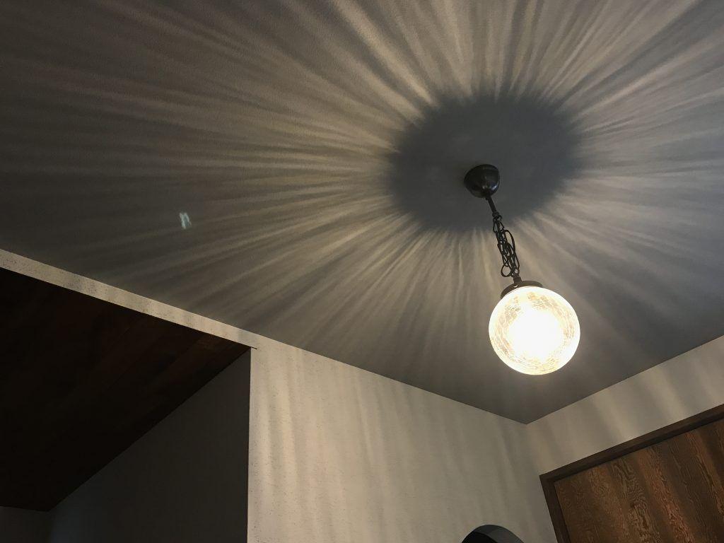 照明器具を施主支給するなら知っておきたい照明の種類 おすすめのインテリア照明 照明 玄関 照明器具