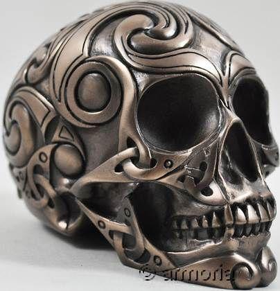 Crâne Celte Spirales, bronze