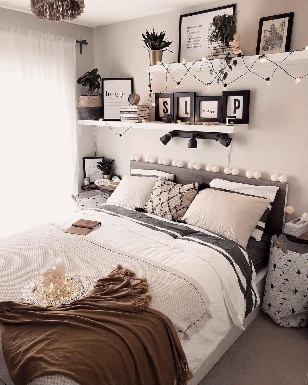 Love this one! en 19  Déco petite chambre, Chambre deco ado