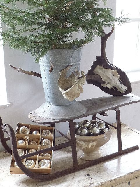 The skull looks out of place with the wood mounted to it, I would take it off first