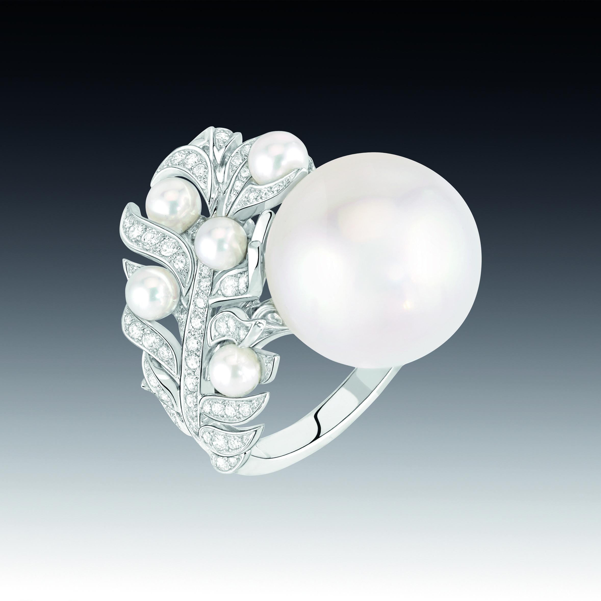 bague plume perle haute joaillerie la valse des perles de chanel joaillerie pinterest la. Black Bedroom Furniture Sets. Home Design Ideas