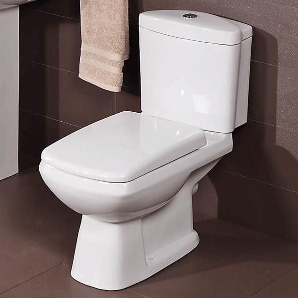 Revive Toilet And Seat Priced At 115 95 A Square Yet Curved Contemporary Design