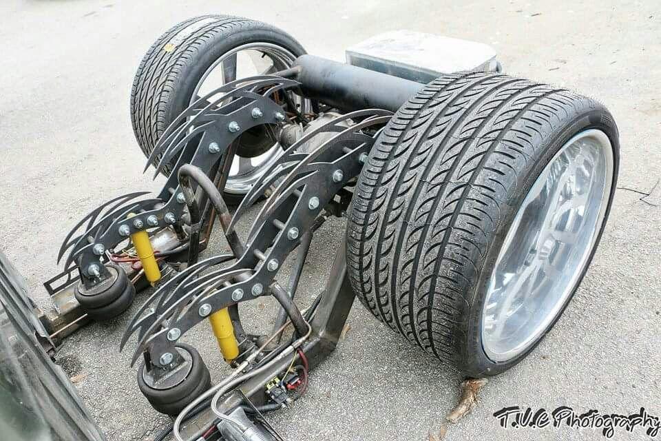 Classic Chevy with custom air ride suspension. . ミニトラック
