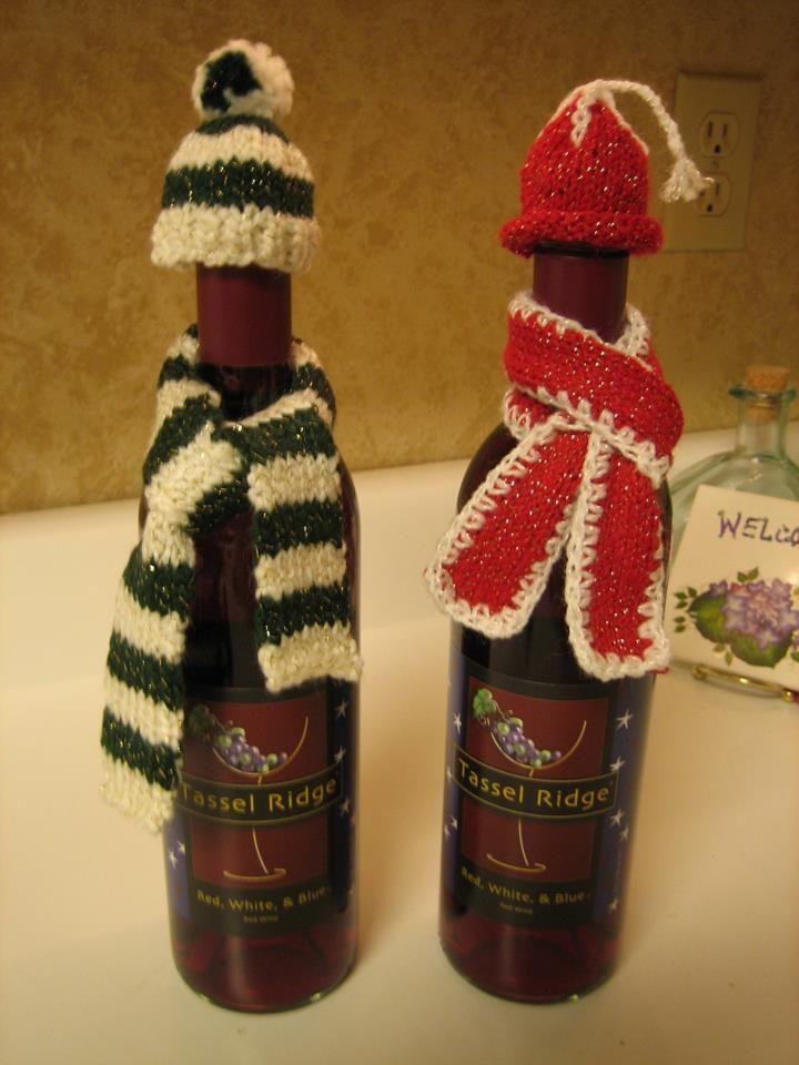 Knit hats & scarves for wine bottles | Knitting | Pinterest ...