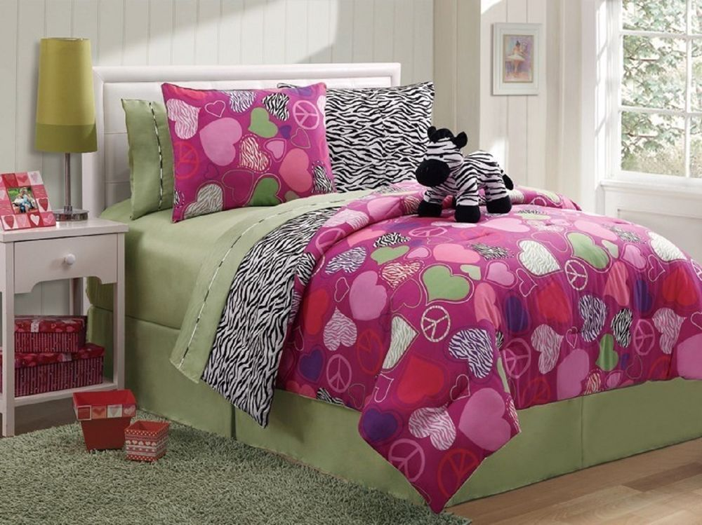 Reversible Zebra, Hearts, Peace Sign Bed In A Bag Multi Color 7pc Comforter