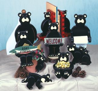 Black Bear Collection Patterns Add a touch of the outdoors to your home with these nine adorable bear projects. #diy #woodcraftpatterns