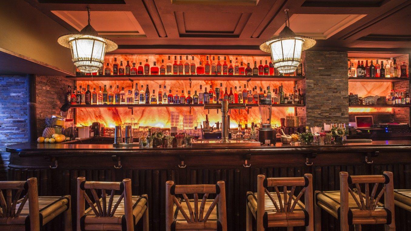 Paris Cocktail Talk: Tiki Talk Part I – 52 Martinis
