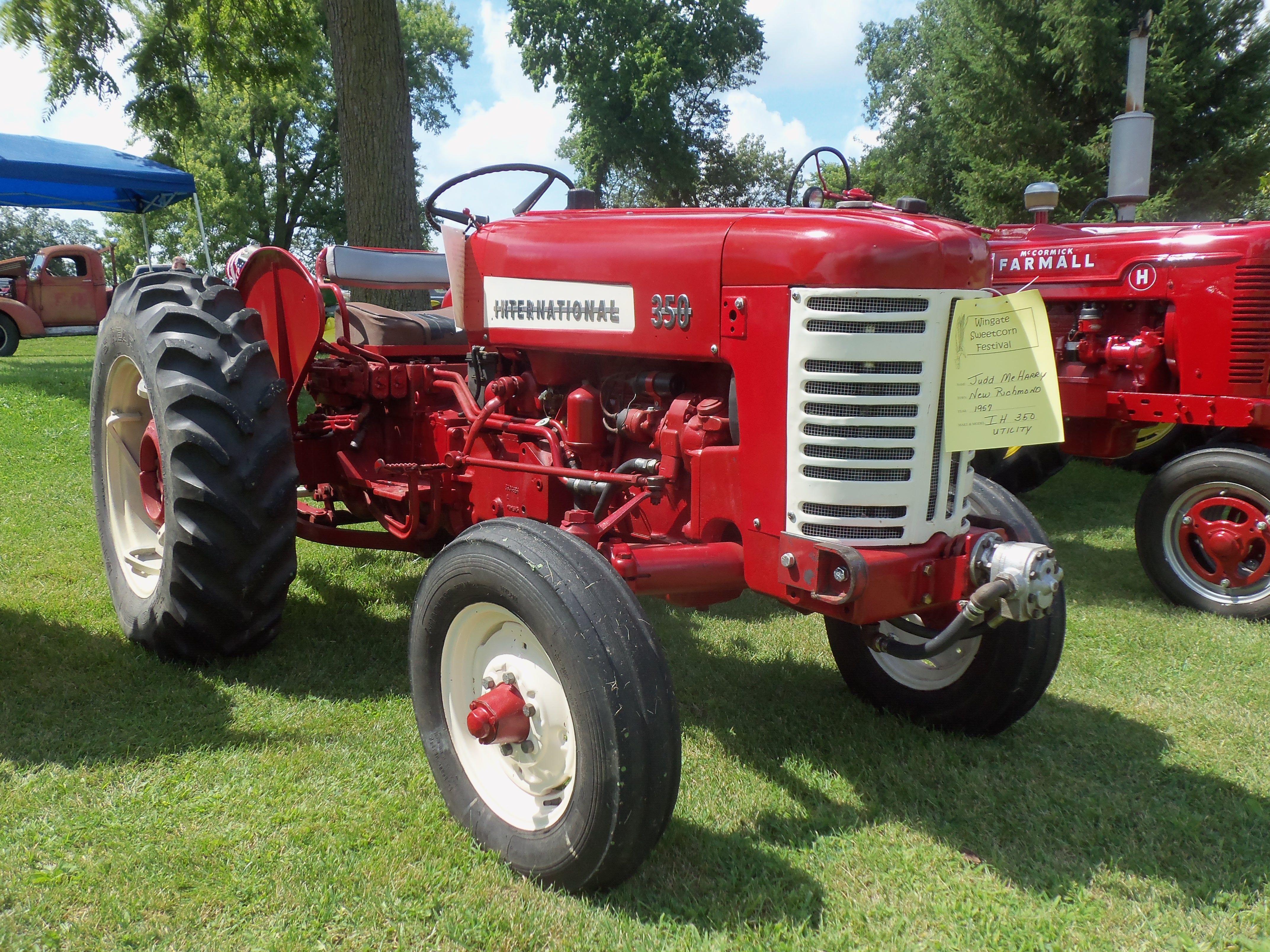 1957 International 350 Utility