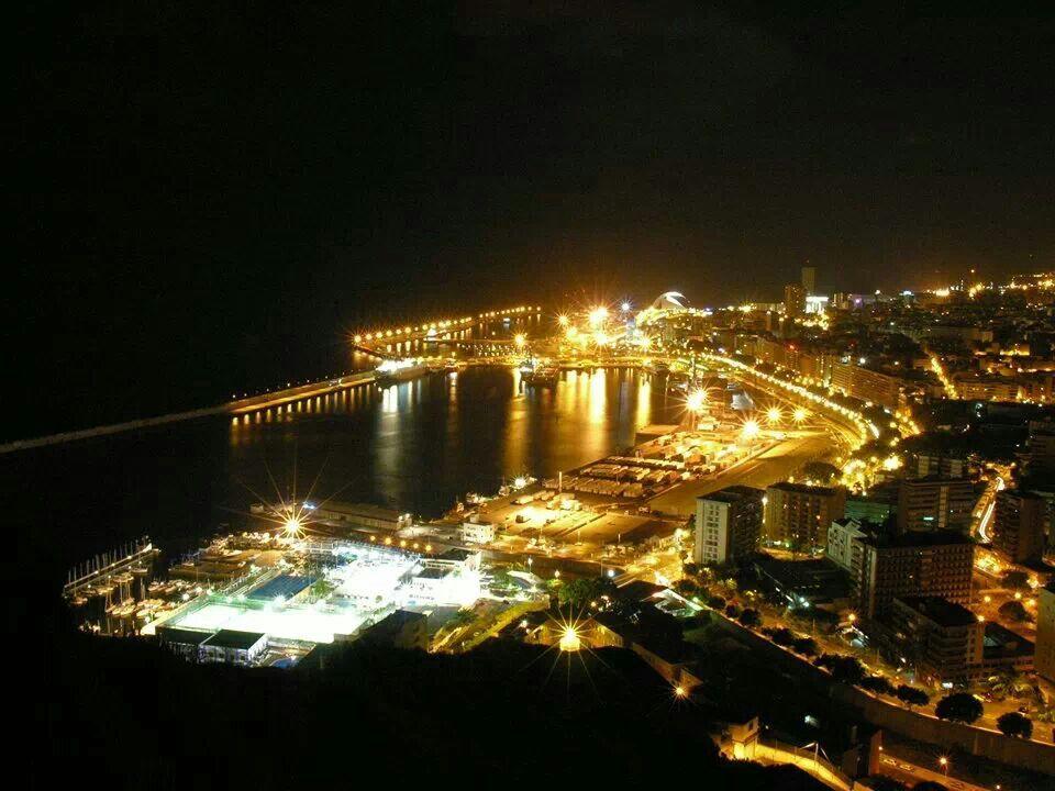 Santa Cruz nocturno