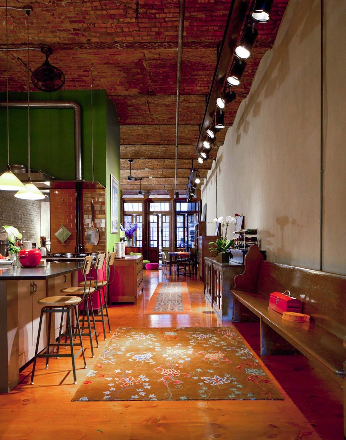 Fascinating industrial style loft apartment in New York's ...
