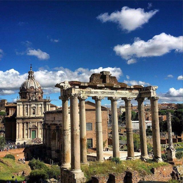 #foriimperiali #rome #roma #ancientrome #anticaroma #rovine #ruins #romans #romani #archeo #archeology #sunnyday #archeologia #temple #tempio #october #capital #ottobre #lazio #italia #italy #Turkey #Dubai #India #Instagood #Wonderlust by @luca_rome